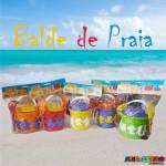 Balde de Praia com 8 forminhas, Pazinha, Rastelo e Peneira Só R$6,99