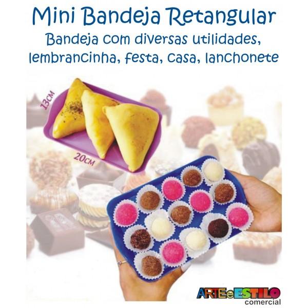 Mini Bandejas para docinhos salgadinhos, enfeite de mesa e festas  Só R$1,90