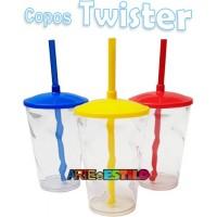 20 Copos Shake Twister Transparente com tampa e Canudo - 500 ML - Só R$2,59